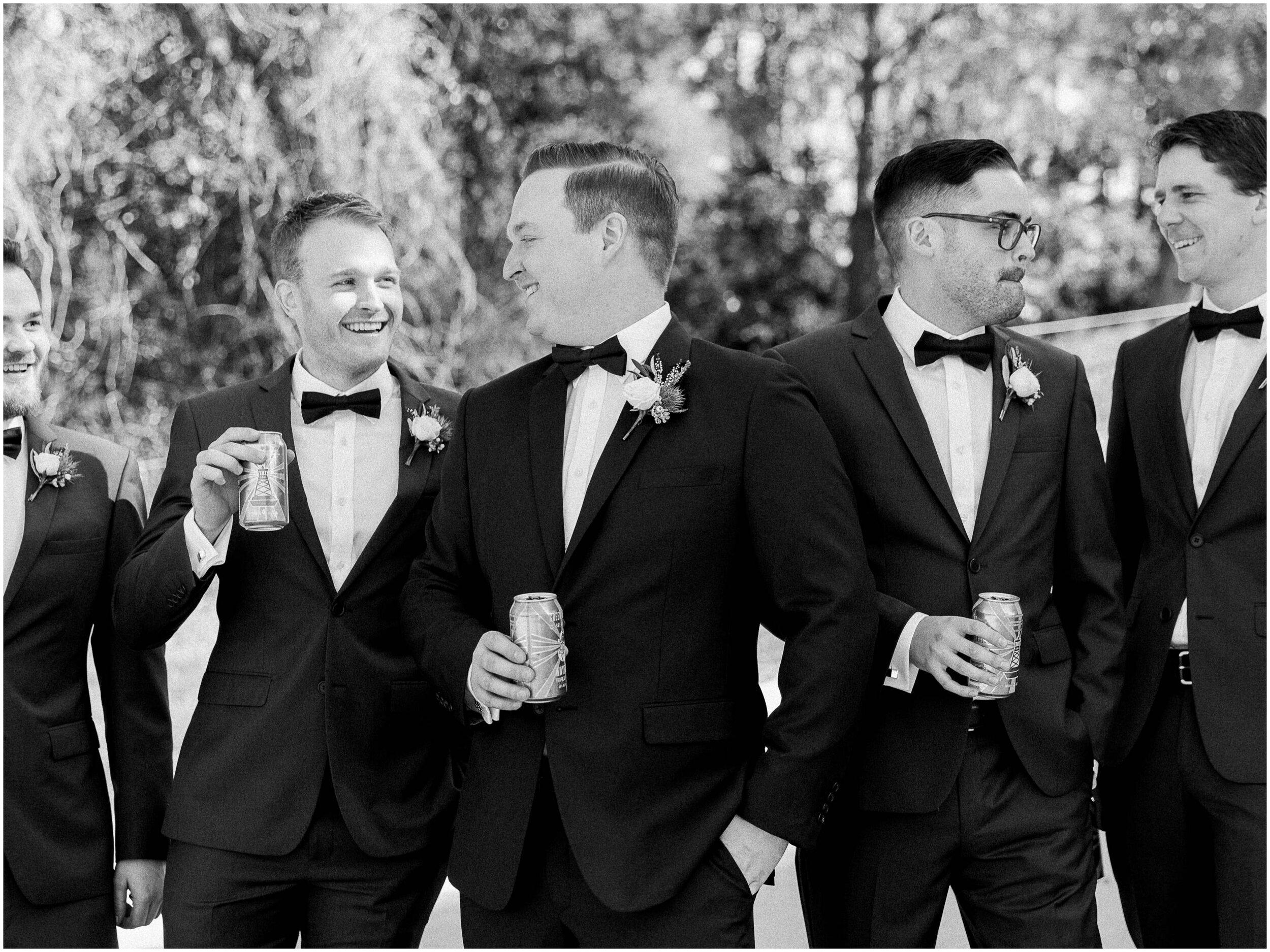 brisbane-film-wedding-photographer-lauren-olivia-luxury-wedding-australia-01-04.jpg