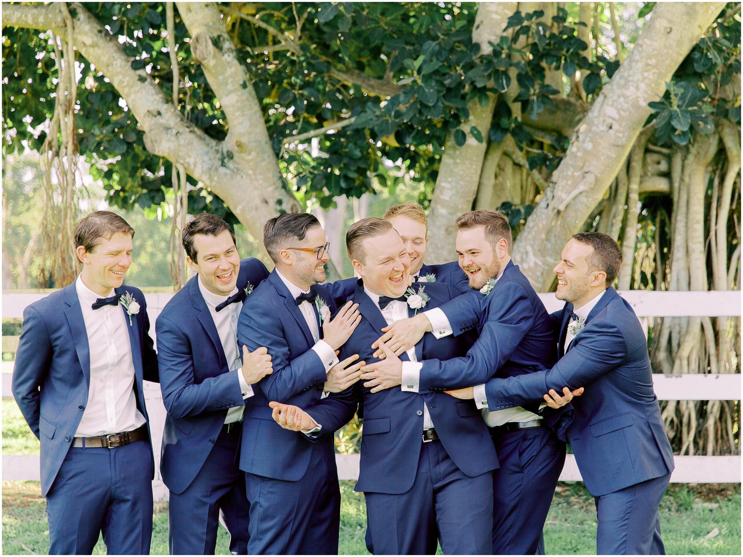 brisbane-film-wedding-photographer-lauren-olivia-luxury-wedding-australia-01-15.jpg