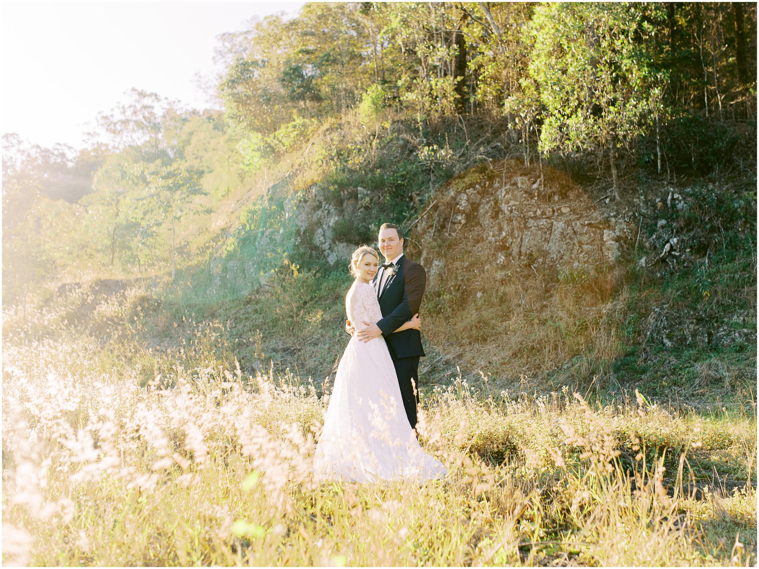 brisbane-film-wedding-photographer-lauren-olivia-luxury-wedding-australia-01-20.jpg