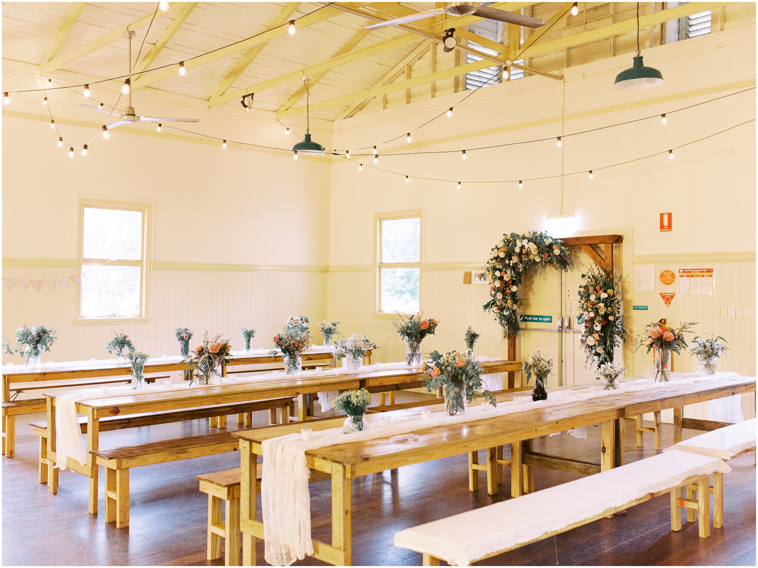 brisbane-film-wedding-photographer-lauren-olivia-luxury-wedding-australia-01-23.jpg