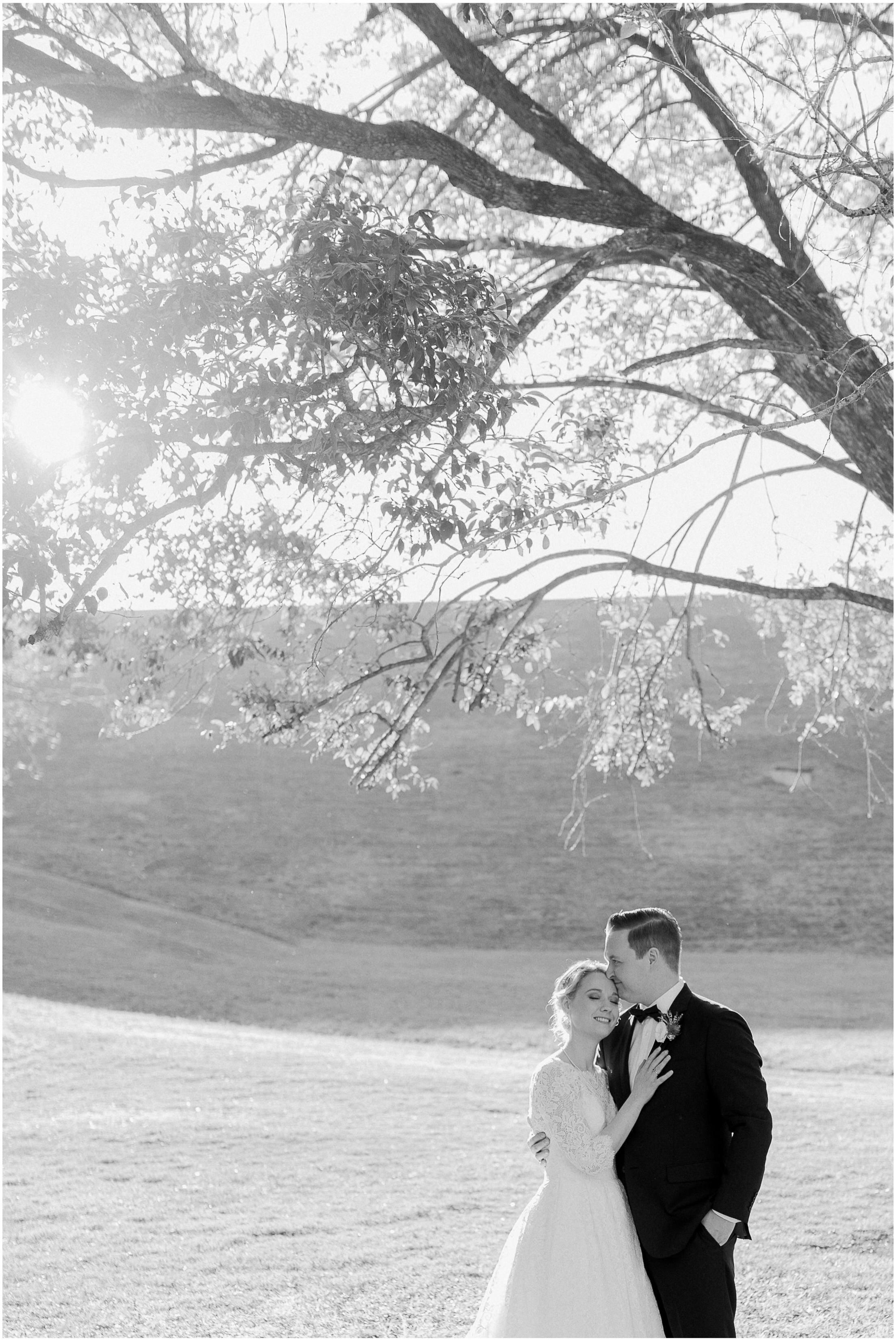 brisbane-fine-art-wedding-photographer-lauren-olivia-luxury-wedding-australia-19.jpg