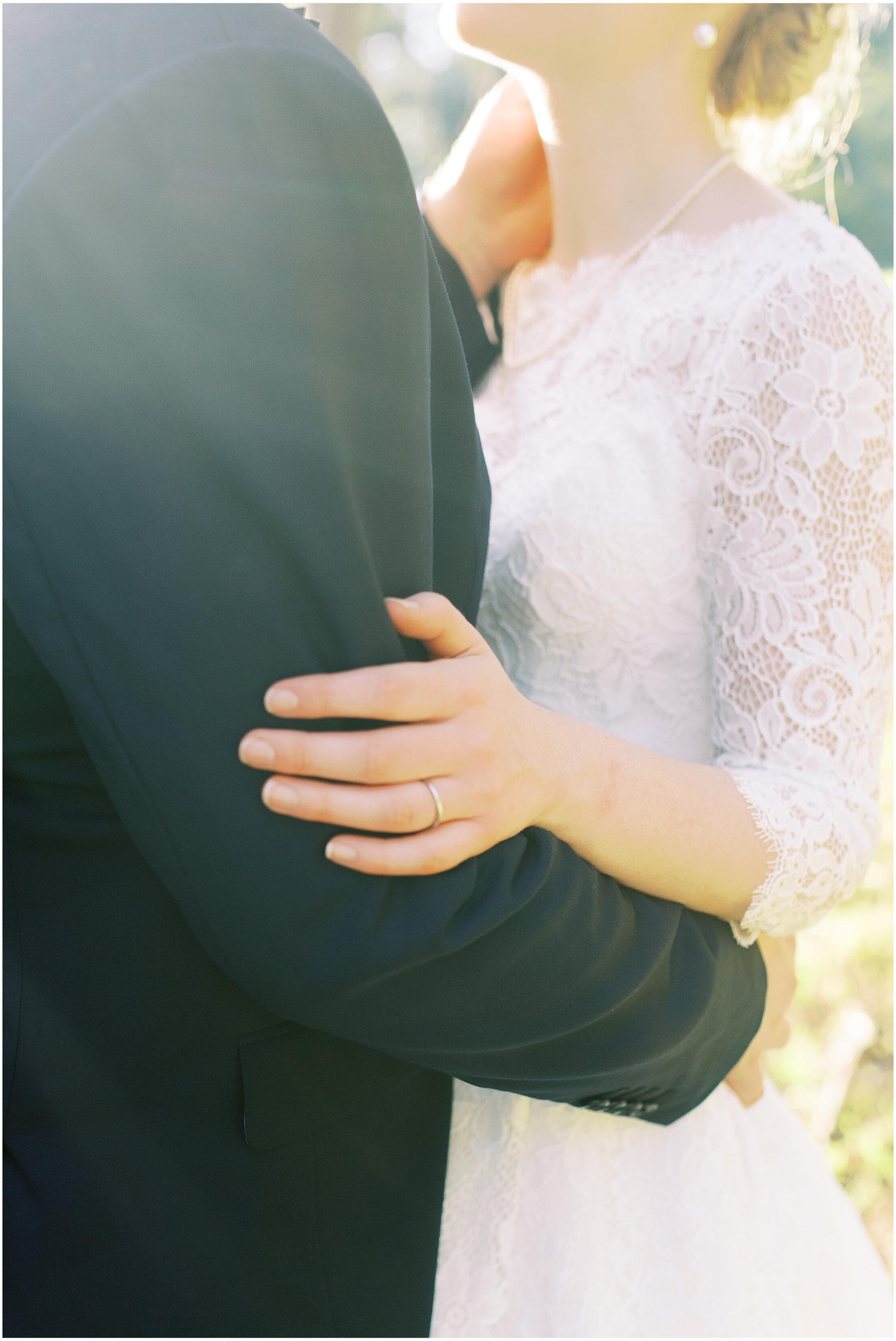 brisbane-fine-art-wedding-photographer-lauren-olivia-luxury-wedding-australia-32.jpg