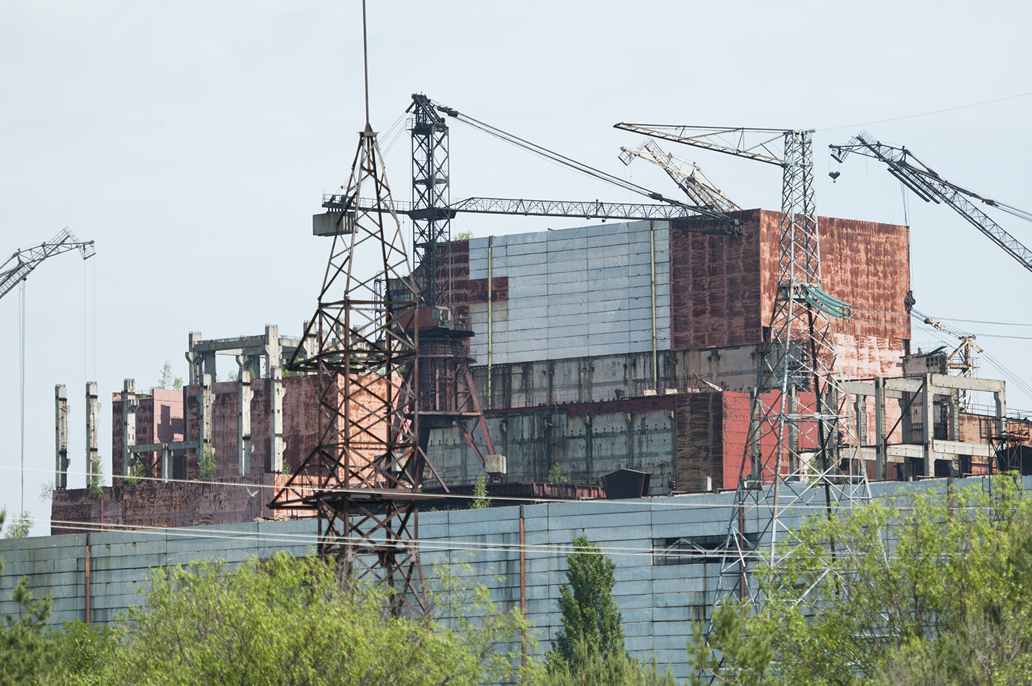 Cranes that were used to build the reactors 5 and 6 of the Chernobyl's nuclear power