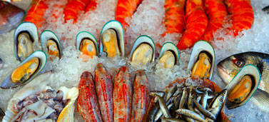 Click to link to NHSchoices page on fish and shellfish