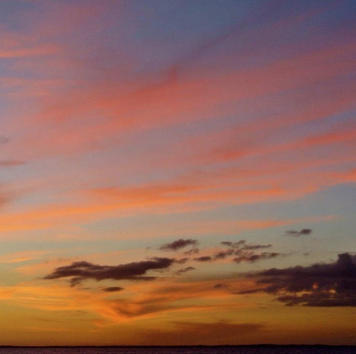 • psychedelic skies •