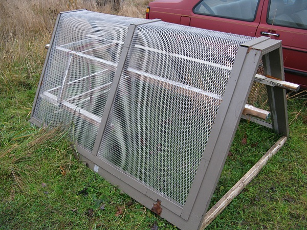 EcoReality Co-op Mobile Chicken Coop