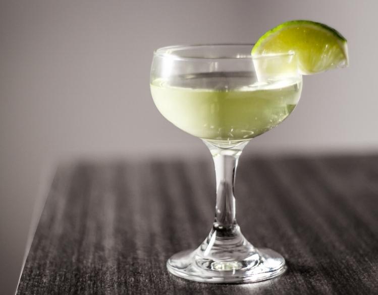 Gimlet Cocktail - Photo: FMMS.net
