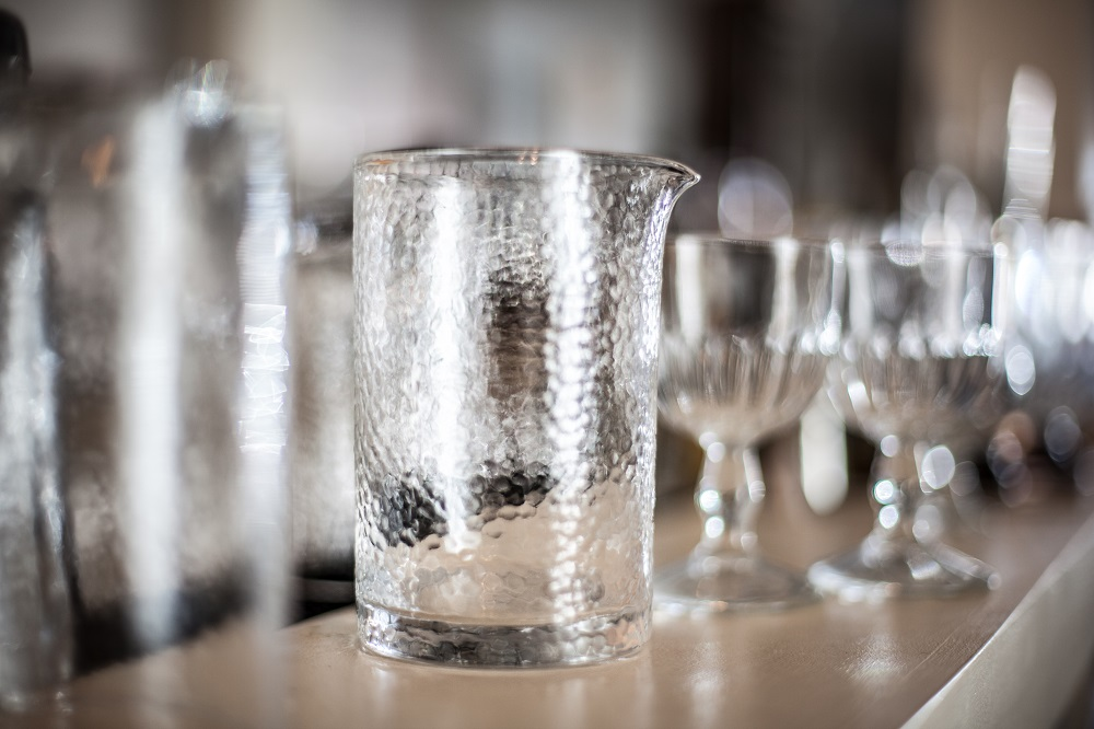 Standard Spoon Hammered Glass Mixing Glass