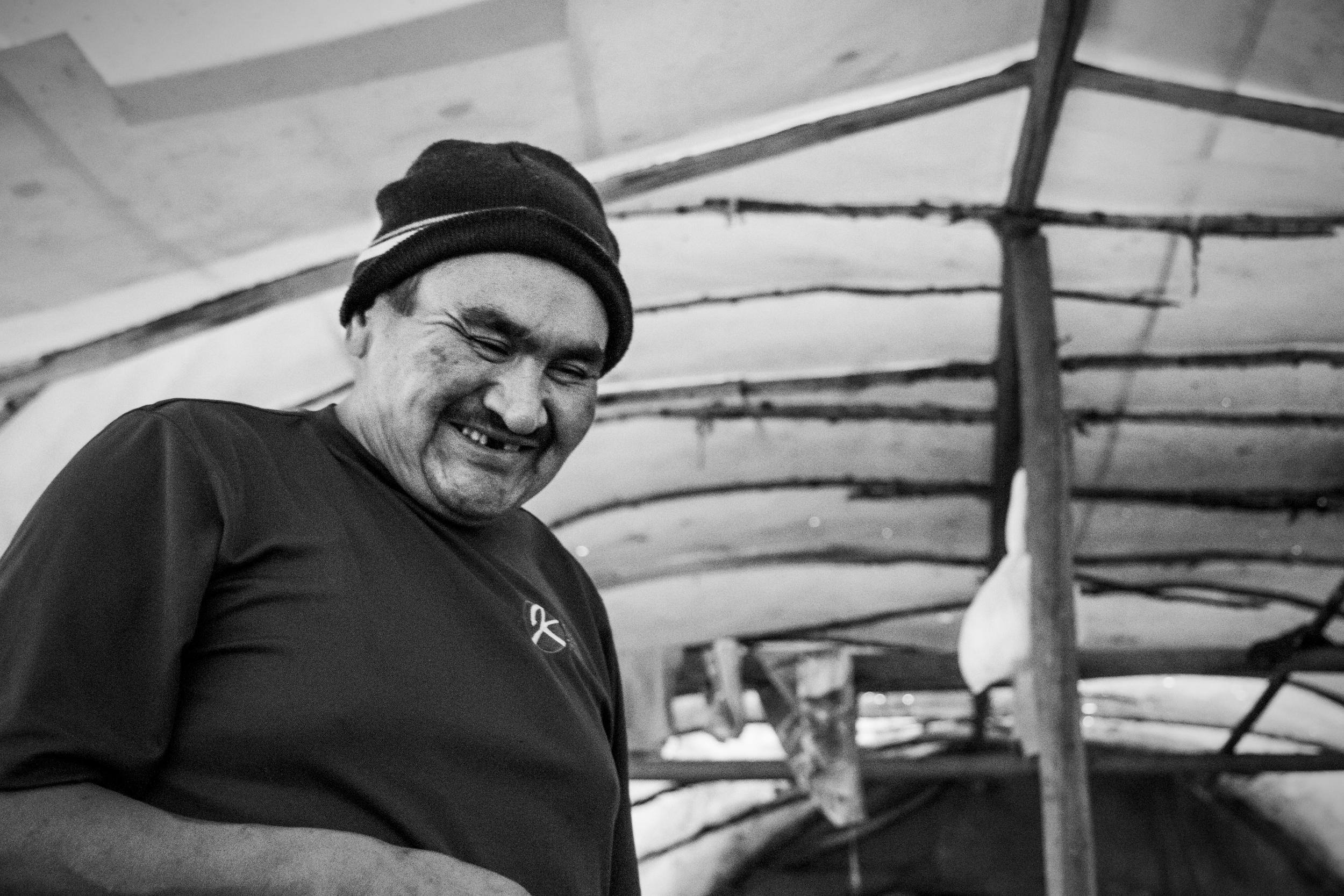 Albert Ottereyes en train de cuisiner