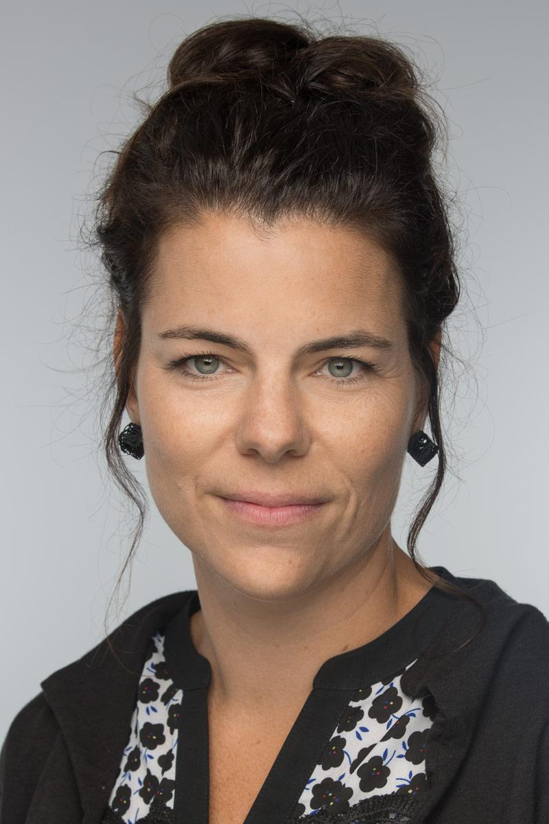 portrait-professionnel-APTS-montreal-corporate-headshot-alexandre-claude.jpg