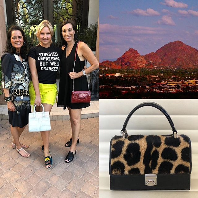 Girl fun in Arizona💃🏻💃💃🏻first fall trunk show❣️thank you so much girls😘 #bespoke #handbags #mystyle #womensfashion #trunkshow #girltime #womeninbusiness #luxurylifestyle #friendsforever