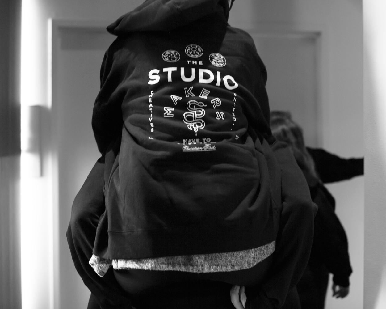hoodiepiggyback.jpg