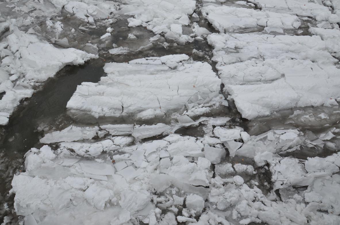 Ice-Ithaca-043-copy.jpg
