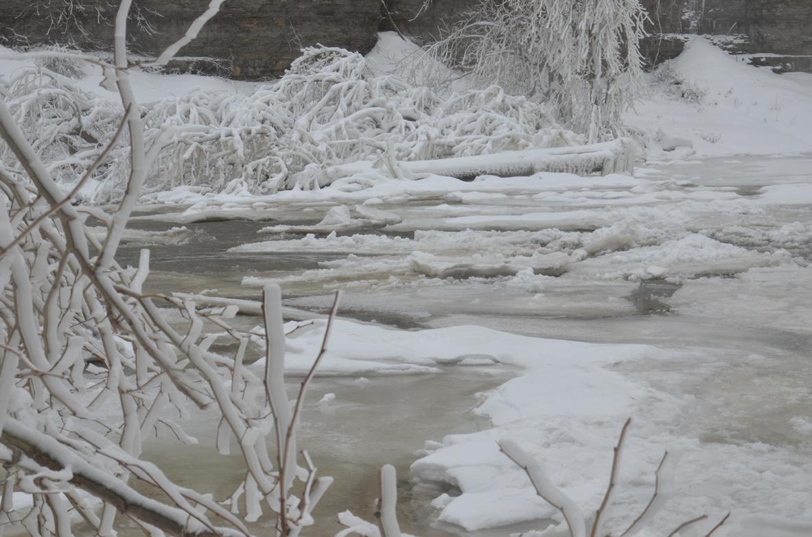 Ice-Ithaca-021-copy-2.jpg