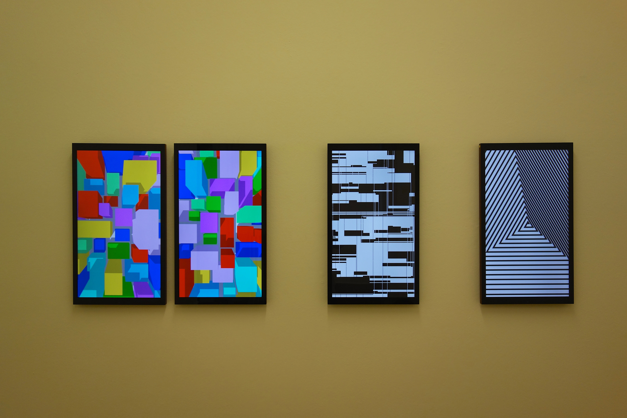http://www.neogeocity.com by Rafael Rozendaal (left) and FRAMED 2.0 by Yugo Nakamura and William Lai.