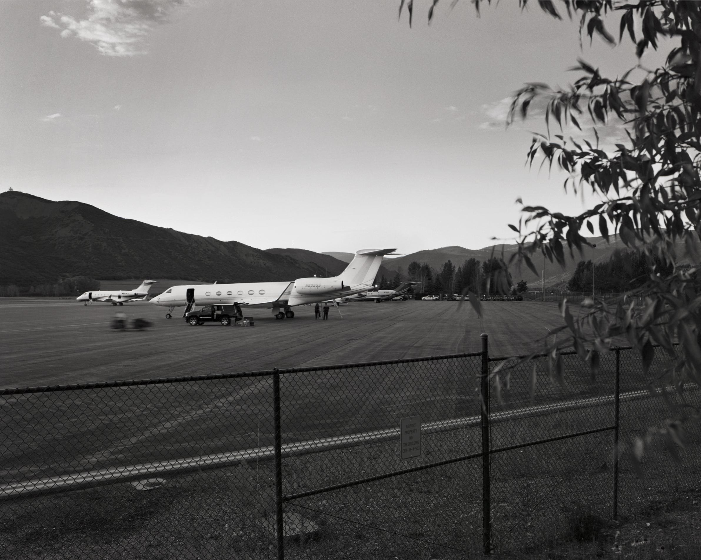 AspenAirport_1.jpg