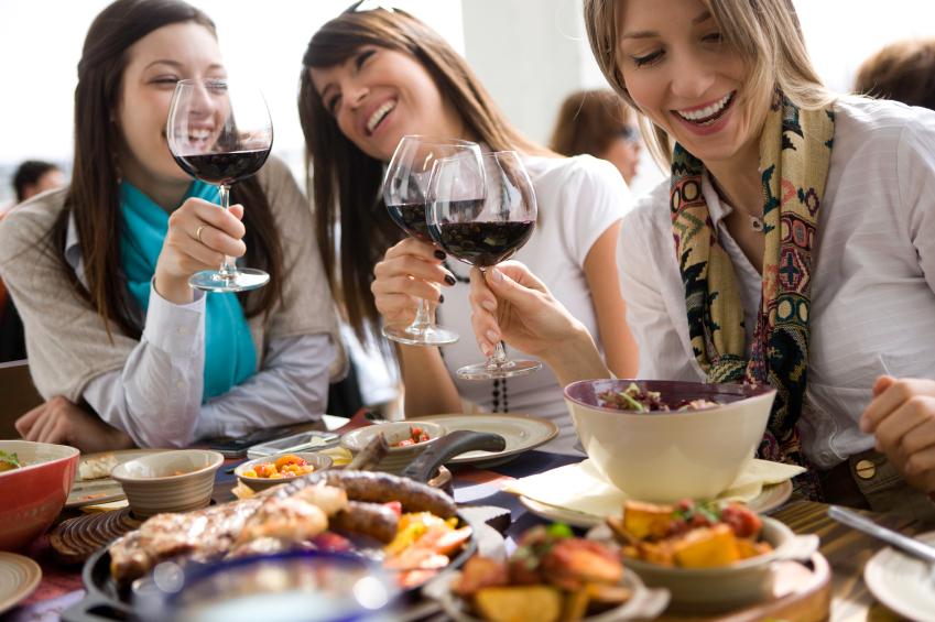 Girls Dining Photo Istock.jpg