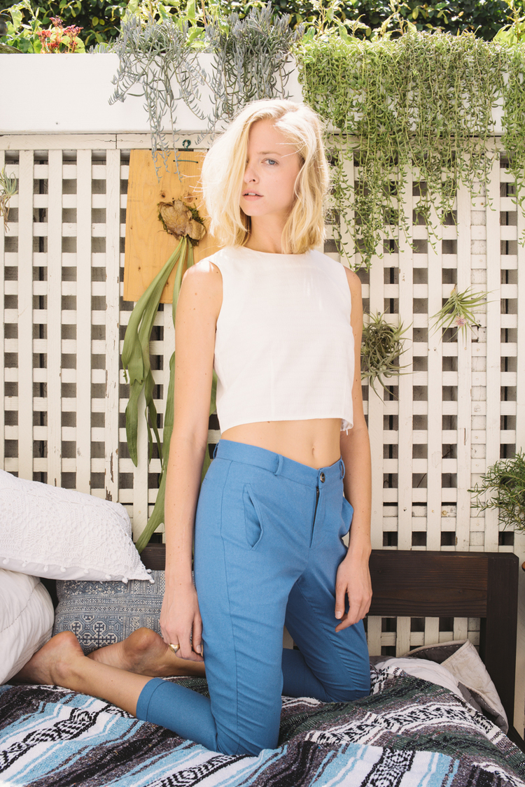 Nicky Pant in Blue Linen