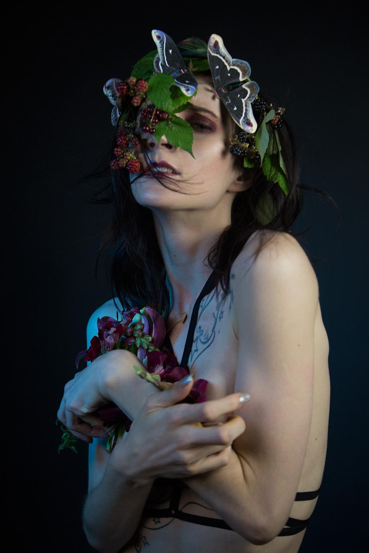 Model: Roxanna Walitzki, Photographer: Redd Walitzki.