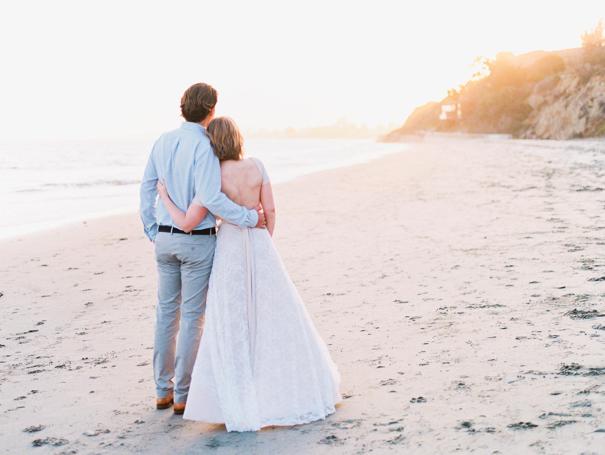 santa-barbara-elopement-wedding-elope-planner-event-design-coordinator-day-of-intimate-small-beach-ocean-view-front-lantern-blush-driftwood-summerland (15).jpg