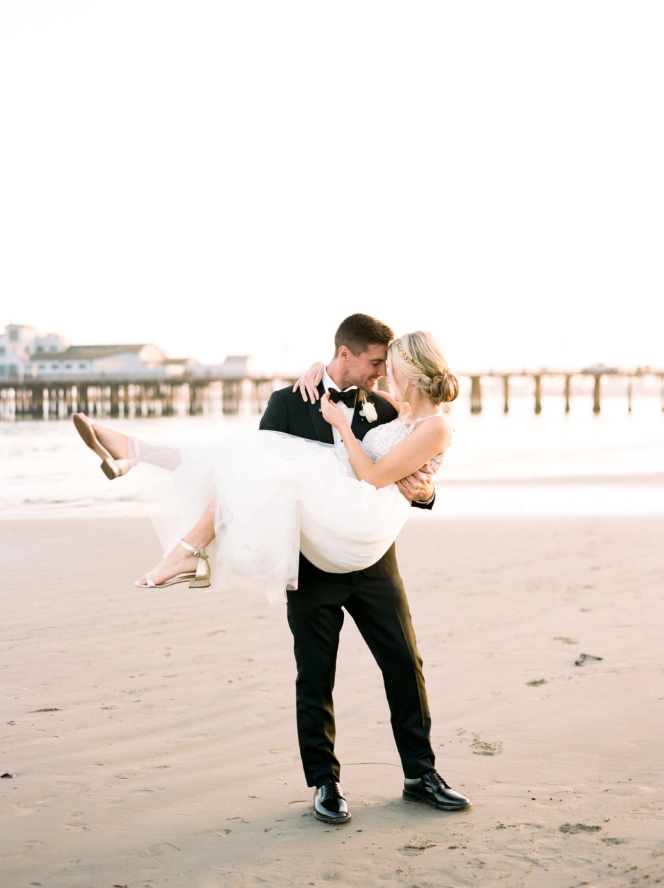 alegria-by-design-wedding-planner-planning-event-design-coordinator-day-of-canary-hotel-rooftop-beach-view-downtown-santa-barbara (20).jpg