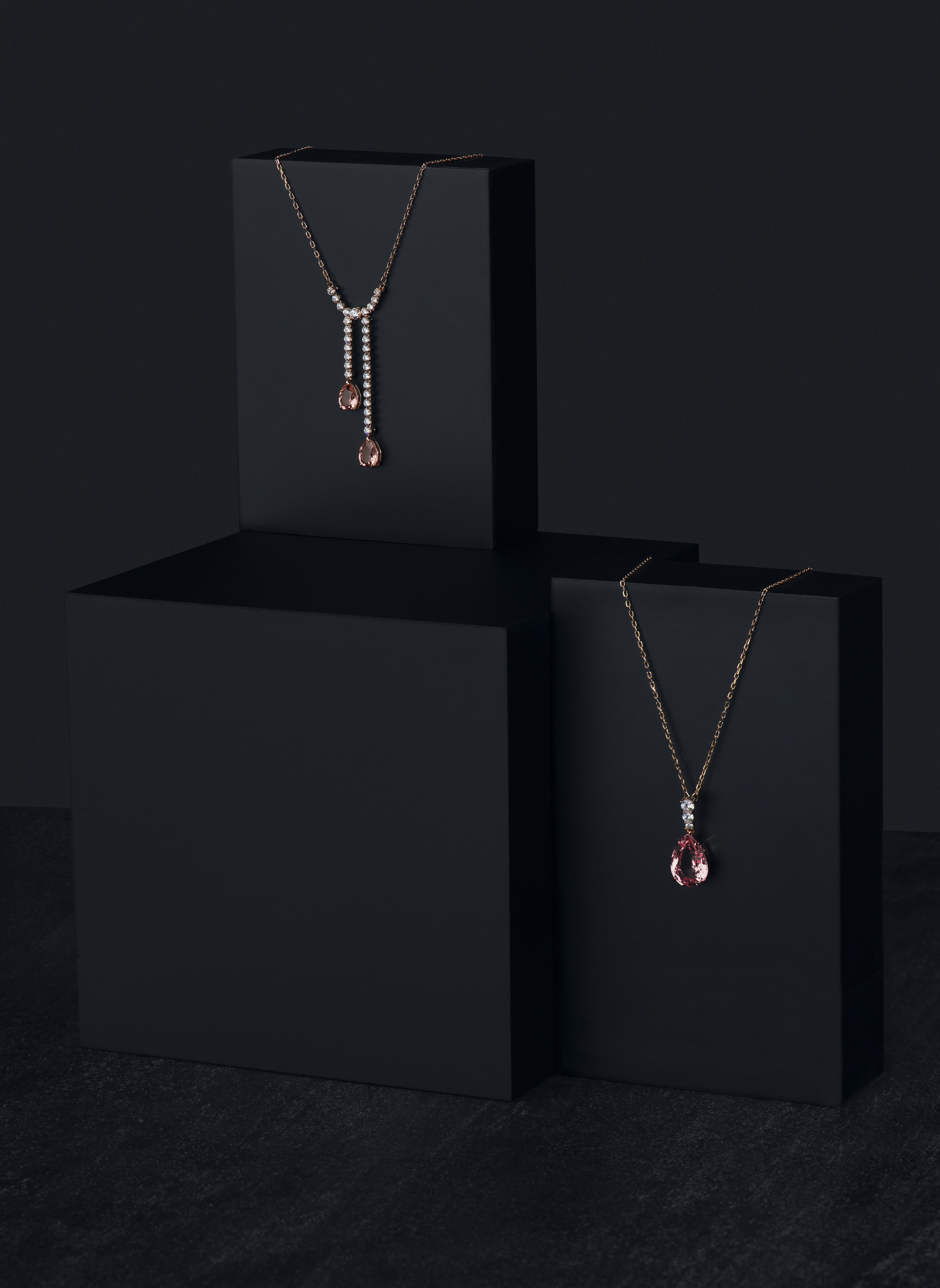 Swarovski-necklace-1.jpg