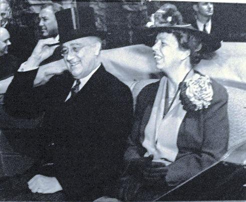 Franklin_and_Eleanor_Roosevelt,_November_1935.jpg