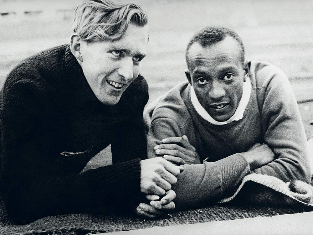 Lutz and Owens -- PHOTO: ULLSTEIN BILD/GETTY IMAGES