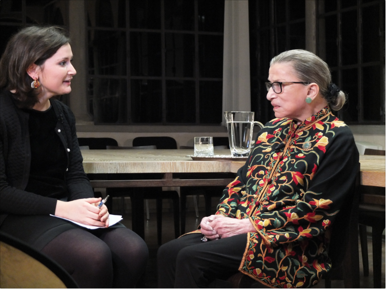 EUI journalist Olivia Arigho-Stiles interviews Justice Ruth Bader Ginsburg / European University Institute