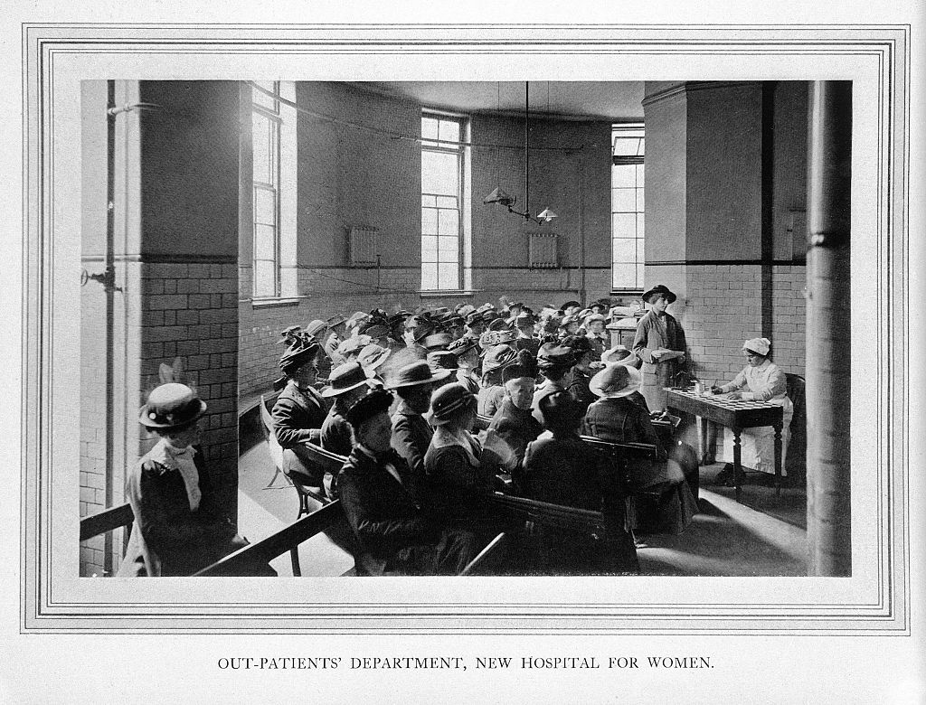 1024px-Out-patients_department,_New_Hospital_for_Women,_London_Wellcome_L0019501.jpg