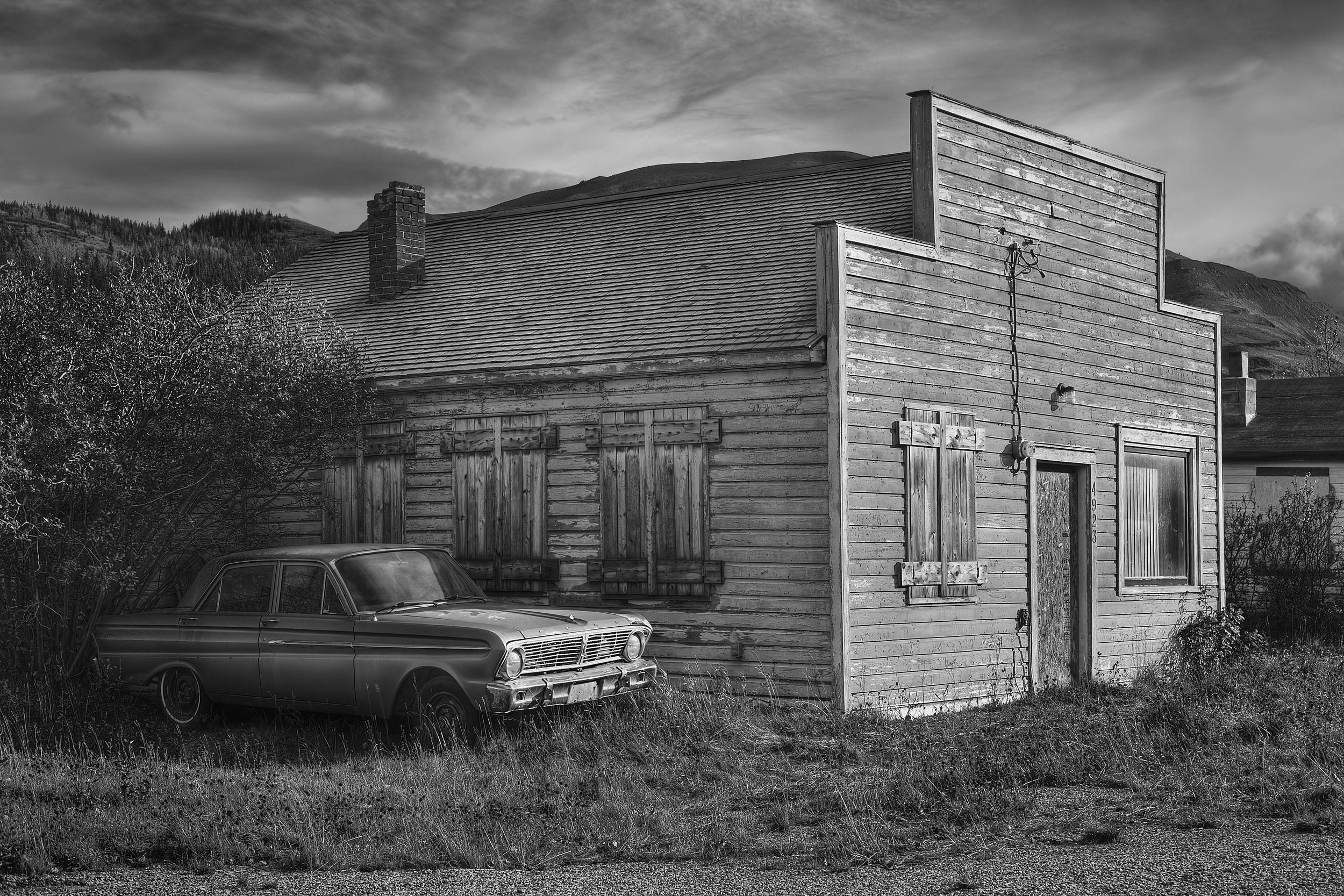 Cadomin Abandoned House