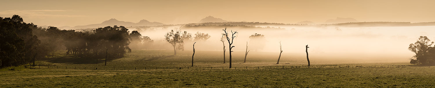 Stirling+Ranges+from+Mt+Barker+-+3+Image+Panorama.jpg