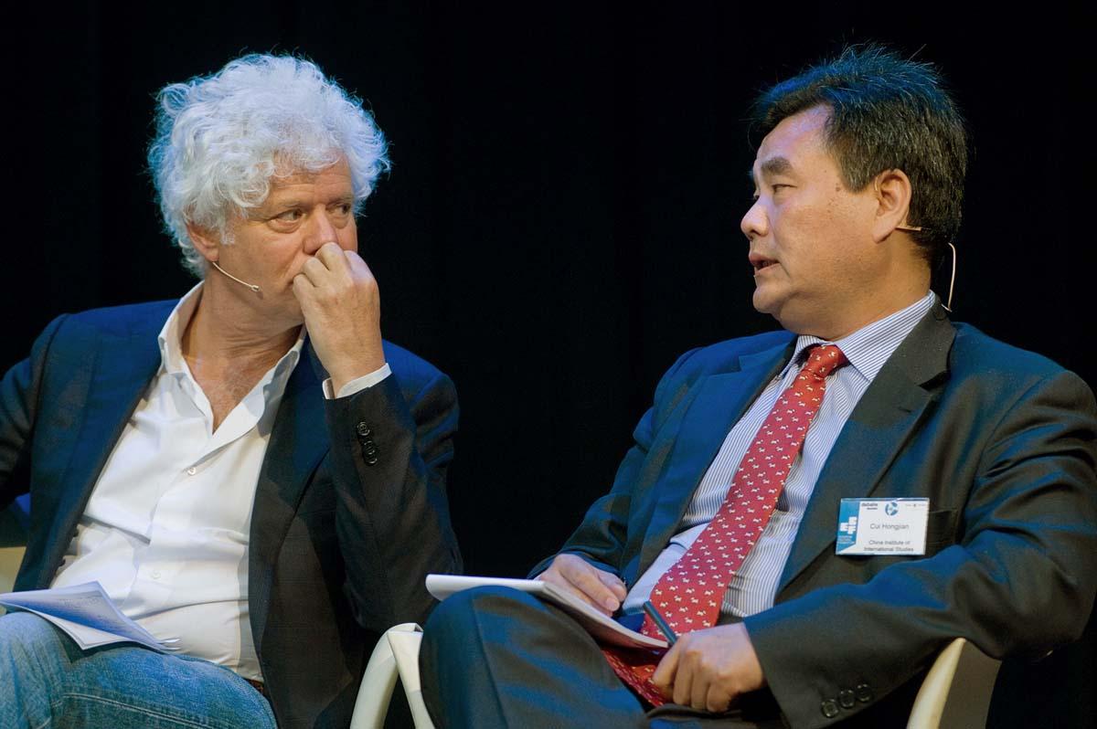Paul Scheffer (The Netherlands) and Cui Hongjian (China).jpg