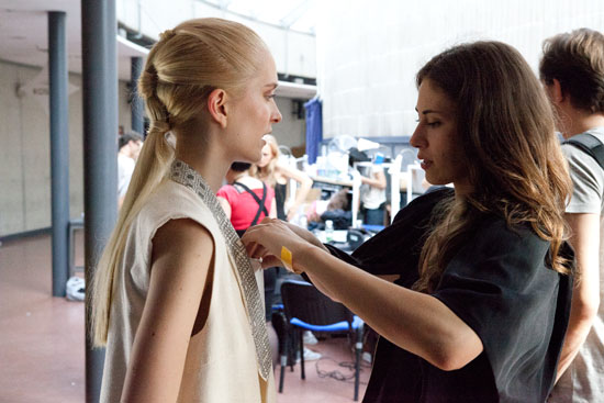 Backstage at Isabell de Hillerin © Claudia Weingart