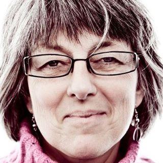 Julie Ward profile.jpg