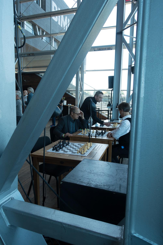 Chess during Urbo Kune at  the Muziekgebouw aan 't IJ.Photo by Canan Marasligil