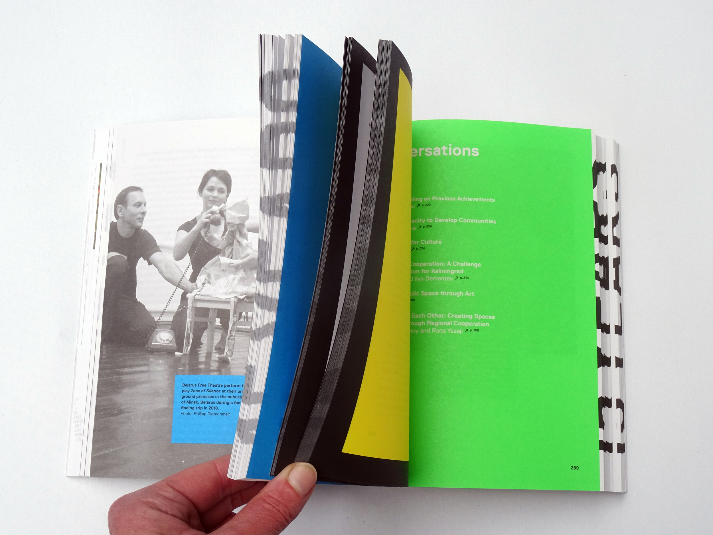 Read articles from the book Another Europe,published weekly on the  dedicated Lab Another Europe - Samizdat .Design and photo by Gerlinde Schuller (The World as Flatland)