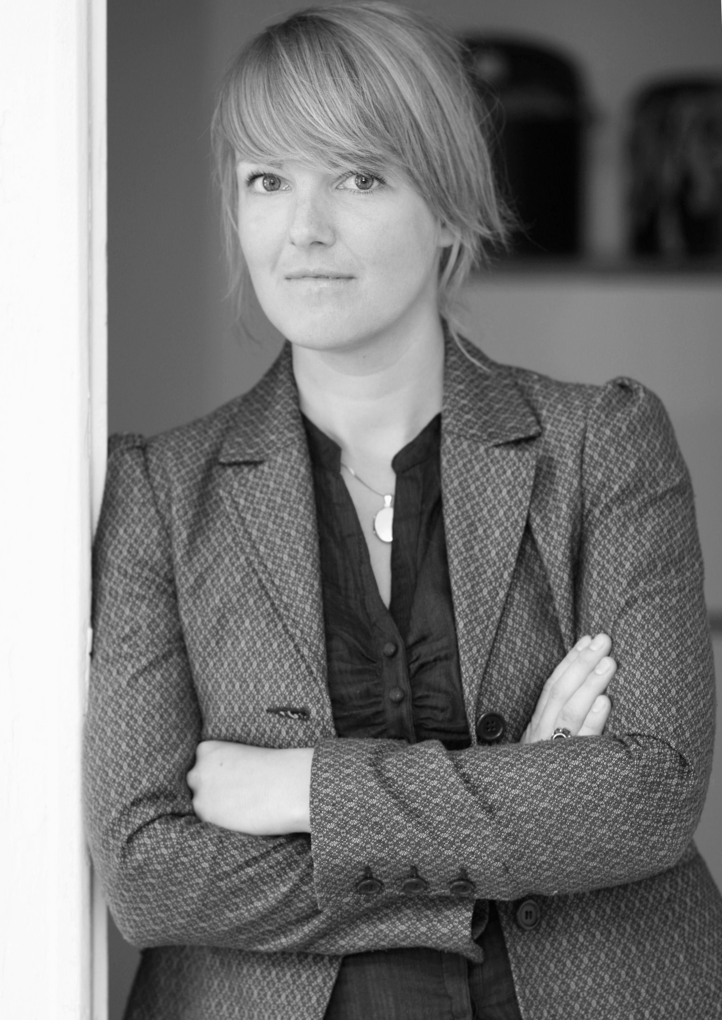 Kerstin Poehls - is conducting post-doc research at the Department of European Ethnology at Humboldt University in Berlin. She completed her PhD in Social Anthropology/European Ethnology in 2007 on everyday and tacit modes of Europeanization within an elite milieu (published as Europa backstage, 2009). As member of the joint research project Exhibiting Europe (funded by the Norwegian Research Council) she investigated the Politics of Display: Migration, Mobilities, and the Borders of 'Europe'.