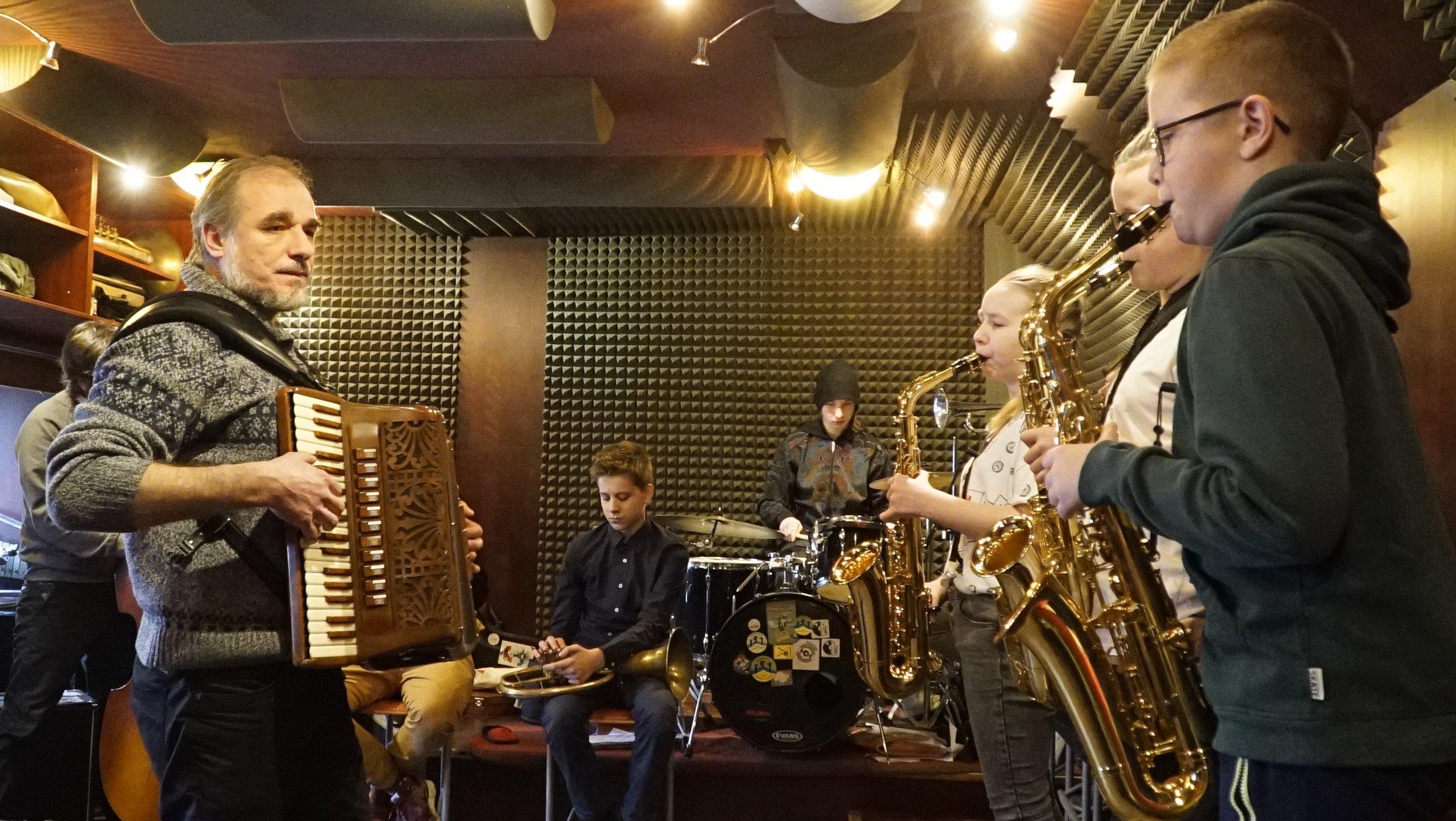 Klezmer Band rehearsals at the Borderland Foundation in March 2018.Photo by Jarosław Wszędybył.