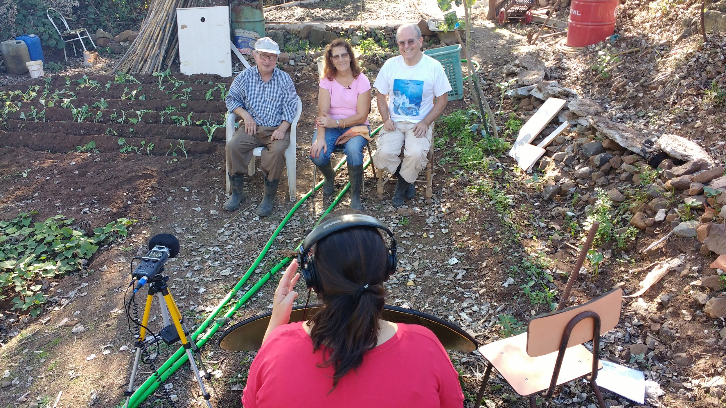 interviewing some squatters. photo by Squat a river
