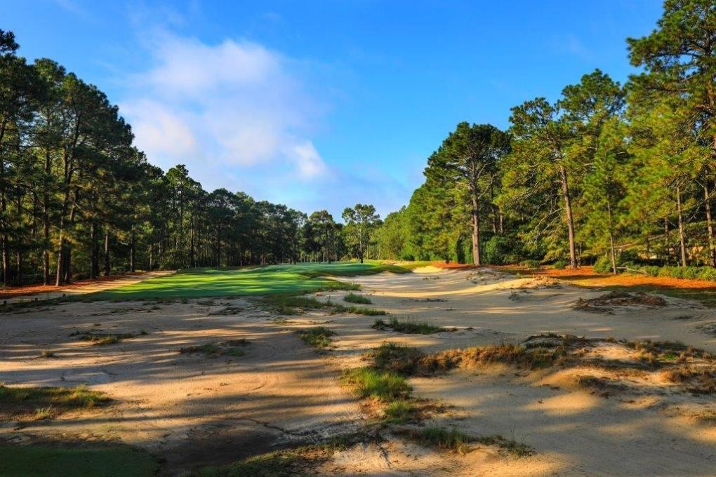 Hole #16 - Pine Needles Lodge and Golf Club