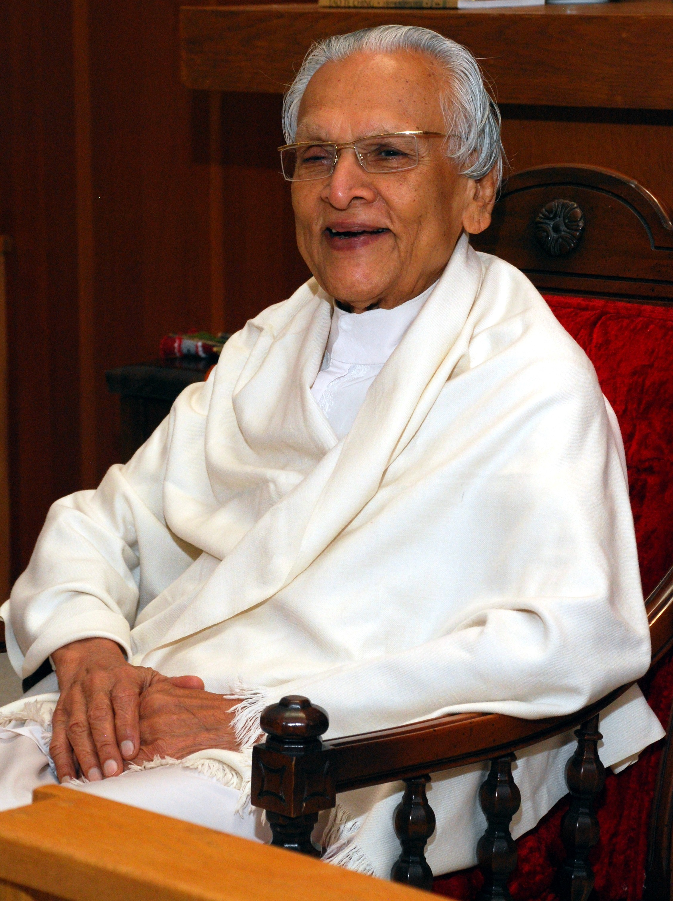Gurudev Shree Chitrabhanuji will be speaking at the Lighthouse Center, Inc. on   Saturday, September 13th, 10:00-11:00 am   . His wife Pramodaji Chitrabhanu will speak at the same time   on Sunday   the 14th. For more info, see our website:  lighhousecenterinc.org  , or contact Prachi Patricia Thiel at  734.417.5804  ;  cprachi17@gmail.com  .