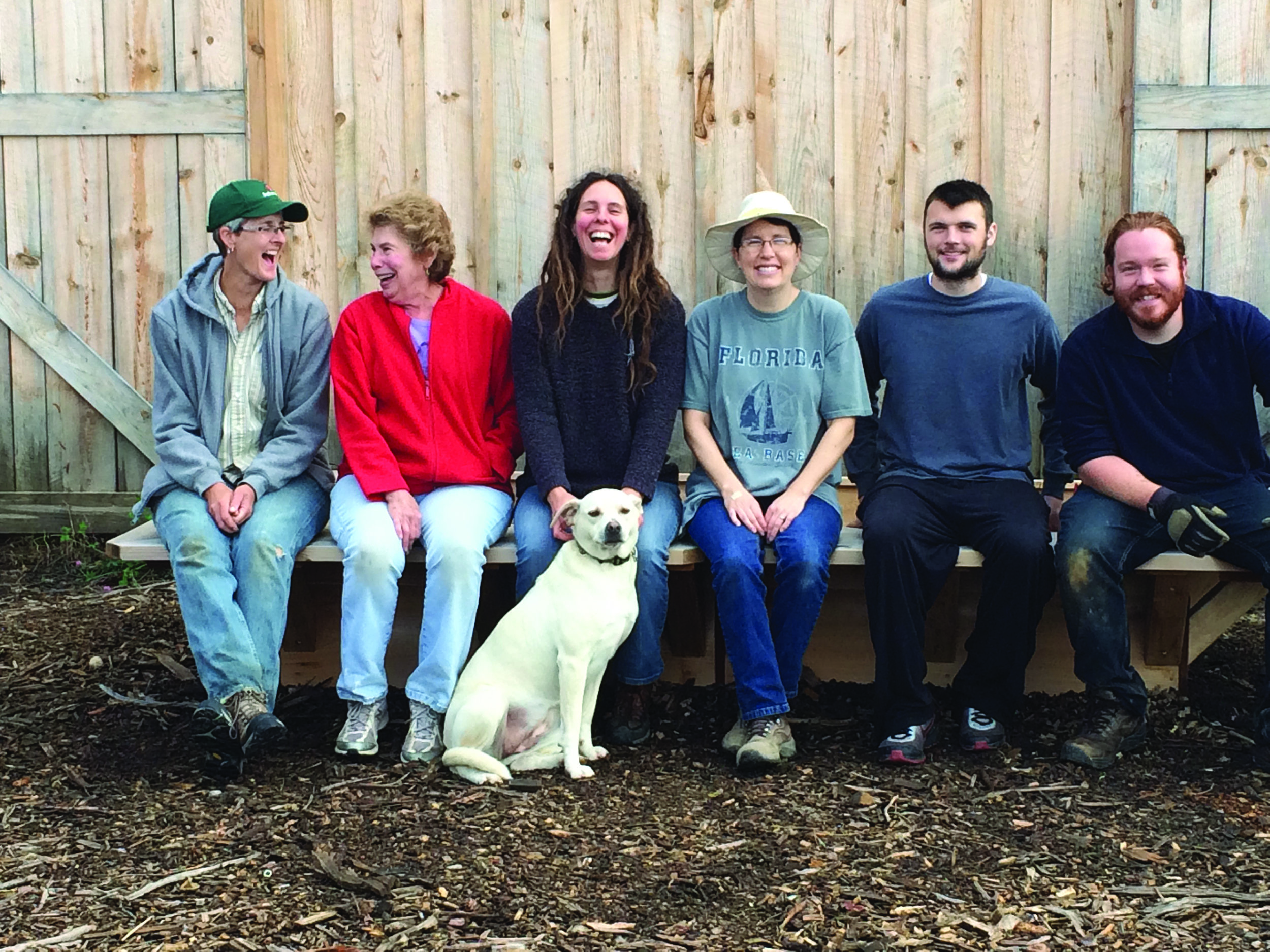 From left to right - Joannée (staff), Linda (working share), Beth (staff), Heidi (working share), Tim (staff) and Jake (staff), and we can't forget the farm dog, Roxy (she's staff too ).