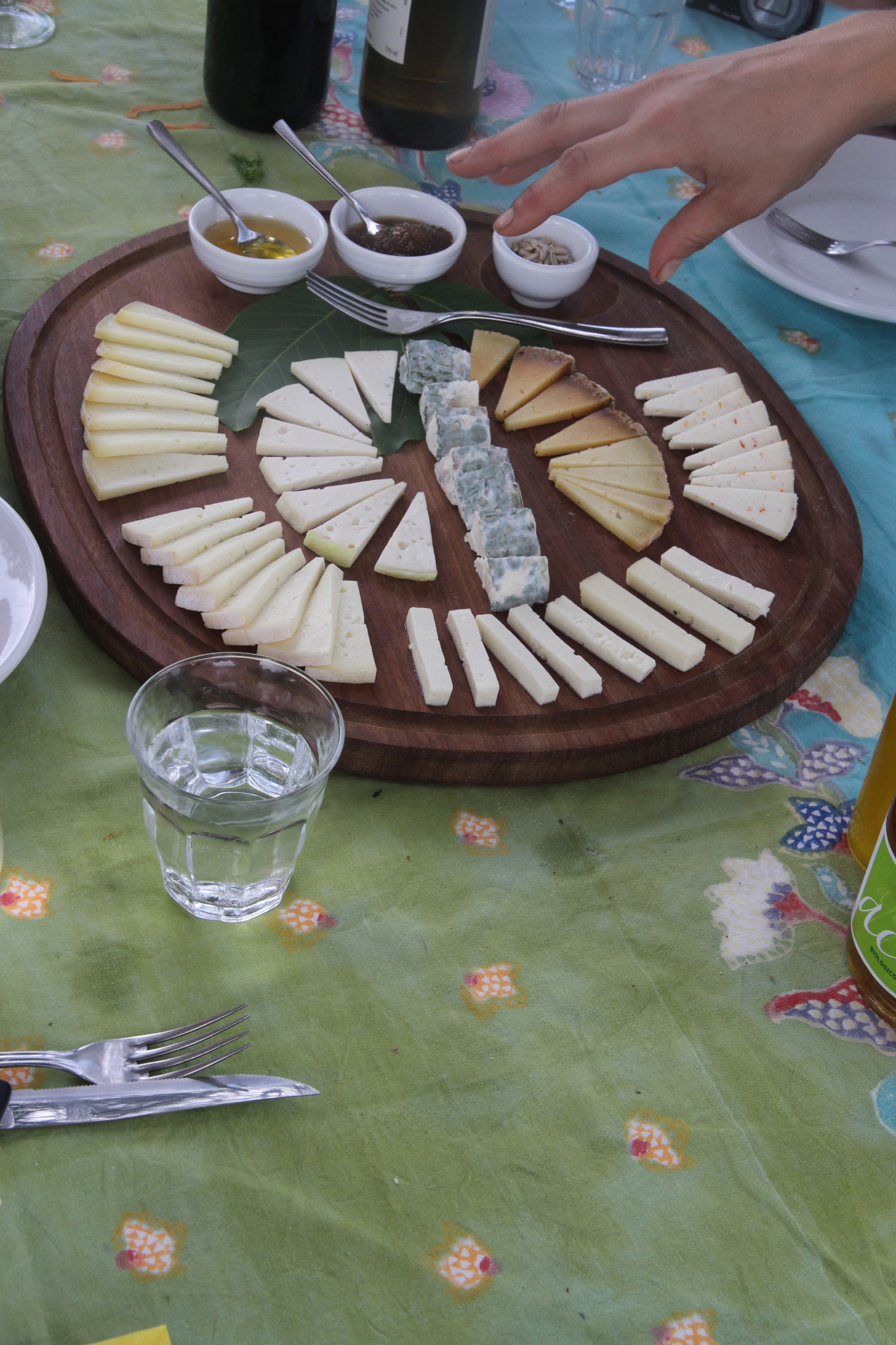 Organic cheeses, Tuscany