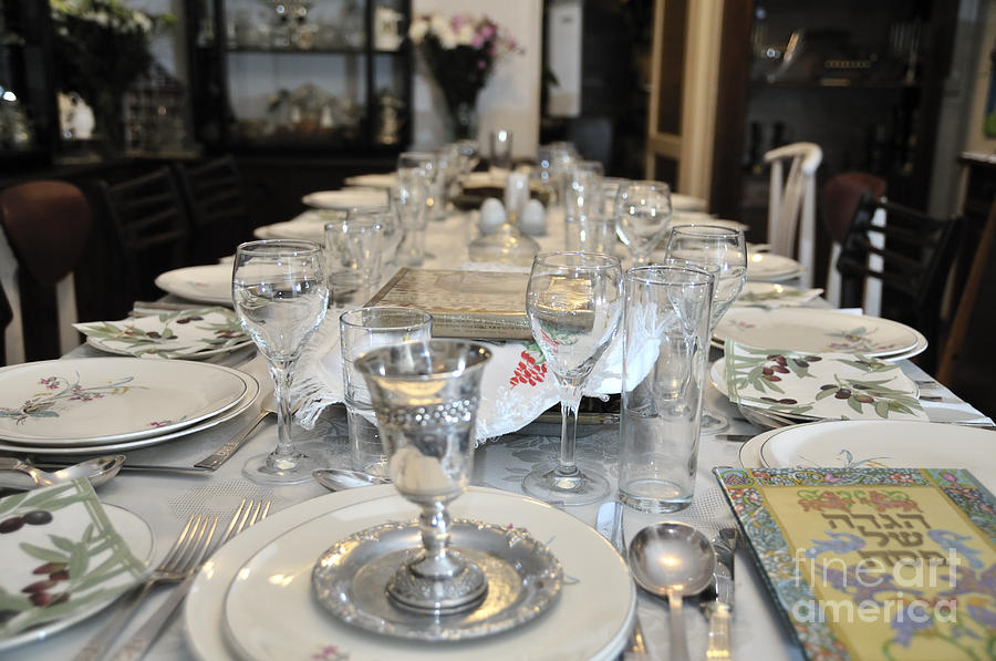 table-set-for-a-jewish-festive-meal-on-passover-ilan-rosen.jpg