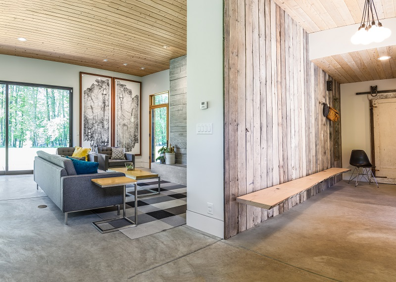 McKenzieView_entry-and-living-room.jpg