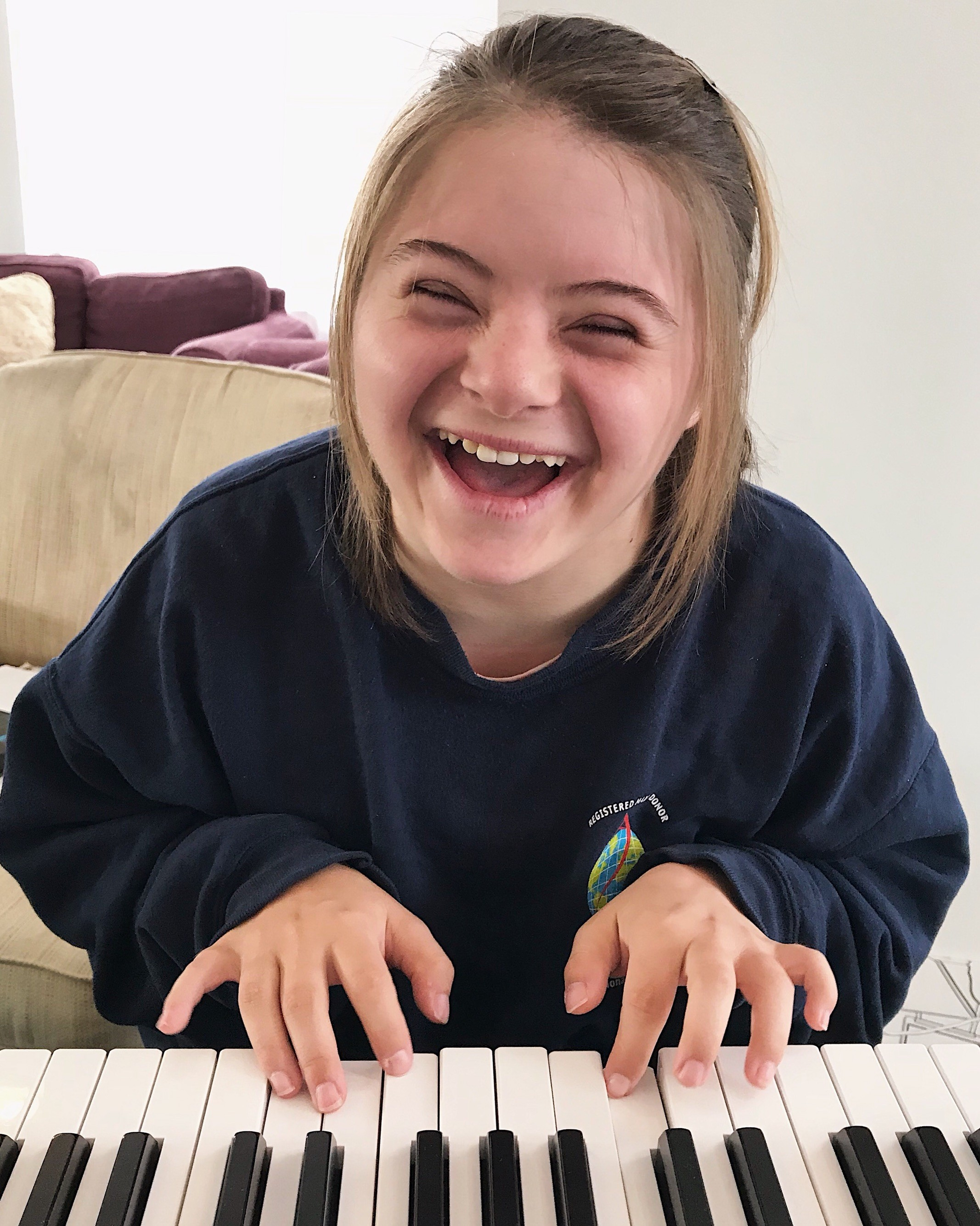 Grace rocks out on the piano!