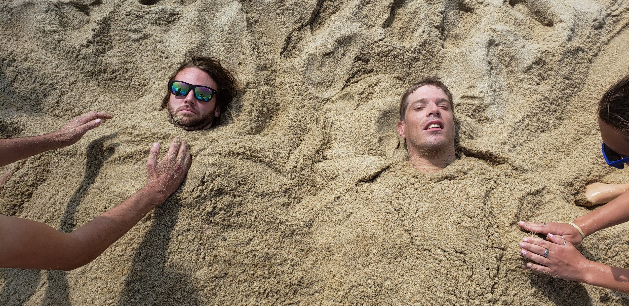 Thomas and Josh lost their bodies at the beach...