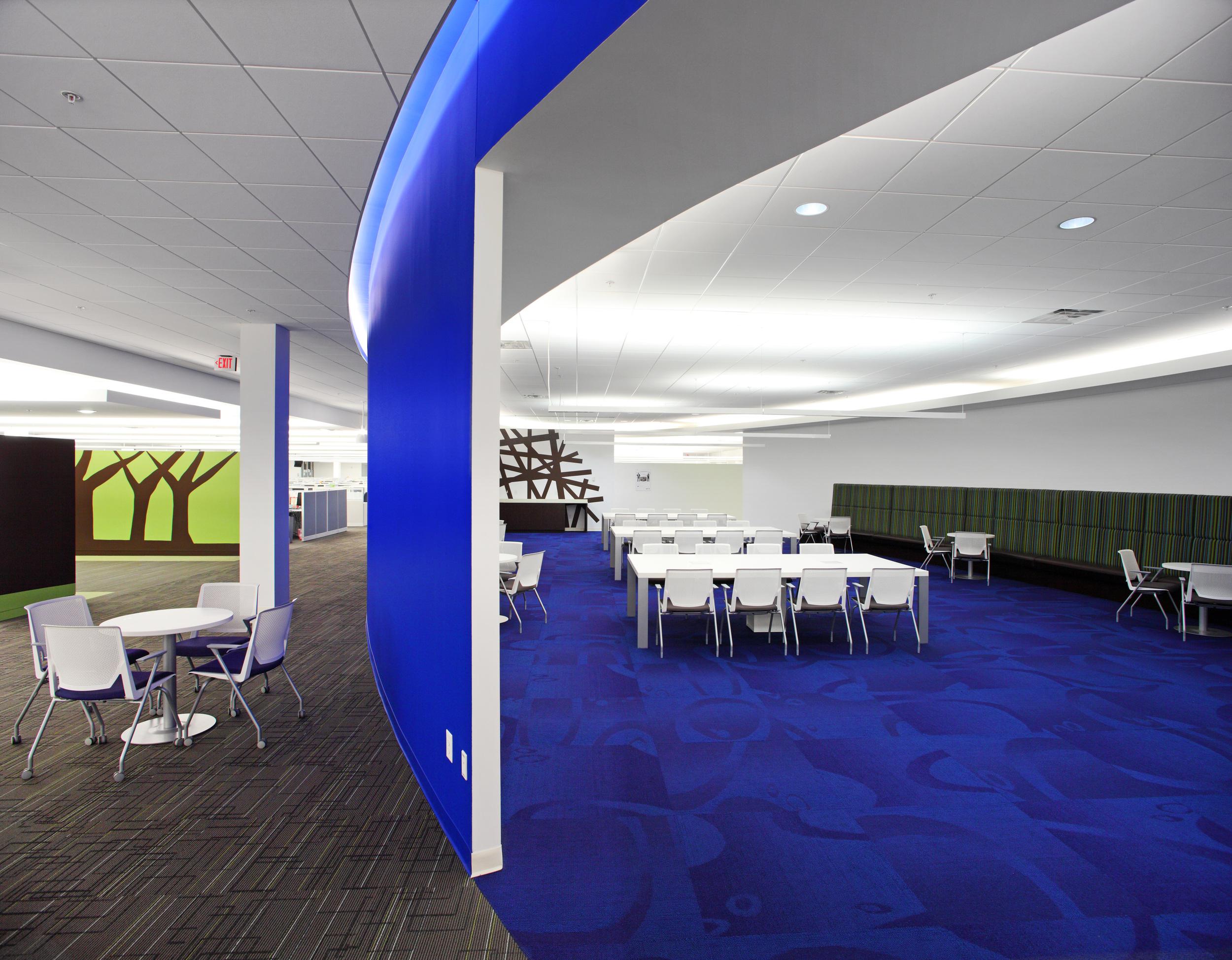 Samsung SC - Oval Room 1.jpg