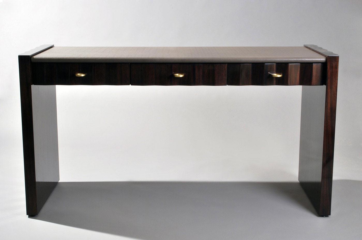 apollo-desk-2.jpg